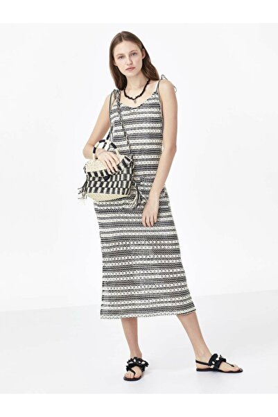 Twist Cep Detaylı Örme Elbise