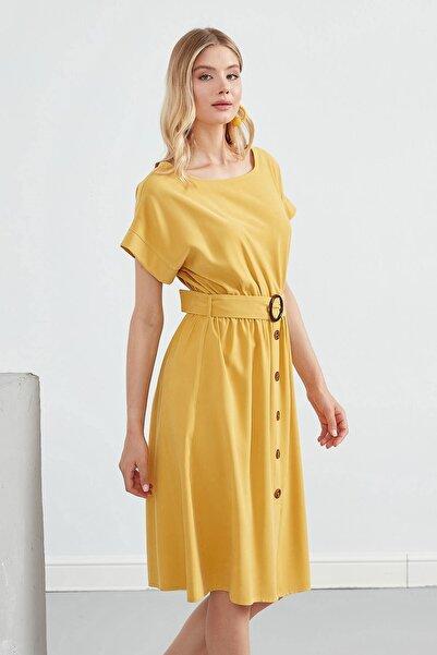 Journey Elbise Sıfır Yaka- Etek Orta Düğme Detaylı, Belden Kuşaklı Düşük Kol