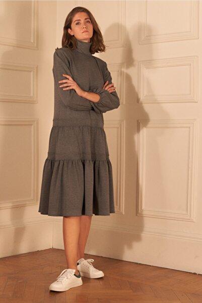 adL Kadın Gri Dik Yaka Büzgülü Elbise