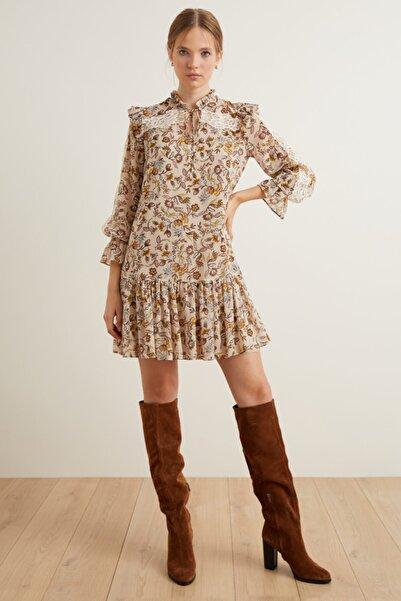 adL Kadın Kahverengi Dantel Detaylı Volanlı Elbise 12439260000