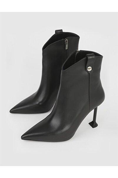 İLVİ Bella Hakiki Deri Kadın Siyah Topuklu Bot