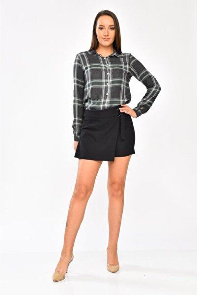 Modkofoni Haki Çizgili Uzun Kollu Gri Gömlek Ve Siyah Etek Görünümlü Şortlu Elbise