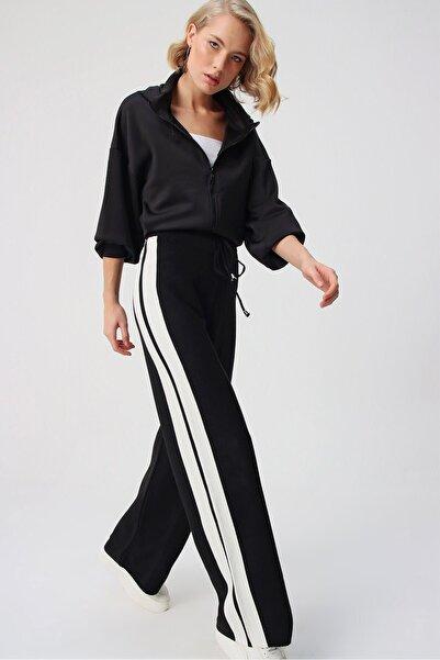butikburuç Kadın Siyah Yan Şerit Detay Triko Pantolon