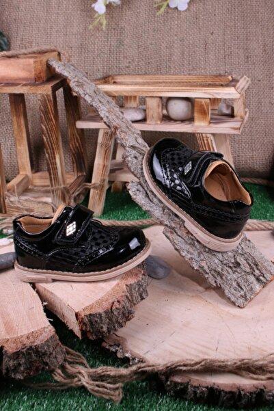 Akıllı Şirin Erkek Bebek Siyah Rugan Ortopedik Ayakkabı