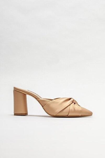 Elle Shoes Kadın Naturel Topuklu Terlik