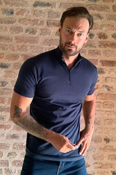 TRENDYOL MAN Lacivert Erkek Yakası Fermuarlı Slim Fit T-Shirt TMNSS20TS0016