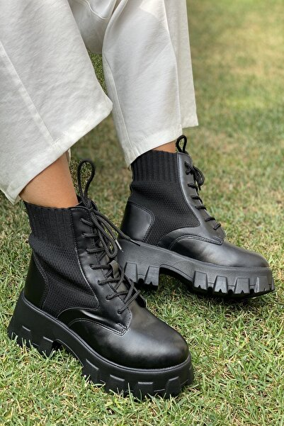 İnan Ayakkabı Bayan Kalın Taban Kenardan Lastikli Bot