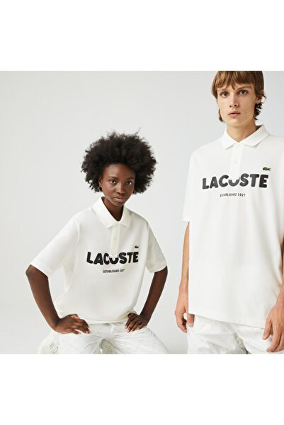 Lacoste L!VE Unisex Loose Fit Baskılı Beyaz Polo Yaka T-Shirt