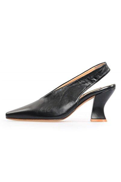 Flower Siyah Deri Kalın Topuklu Kadın Ayakkabı