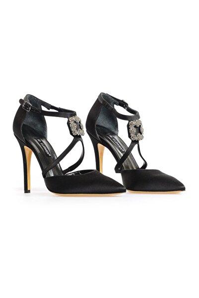 Flower Siyah Ortadan Tokalı Abiye Ayakkabı