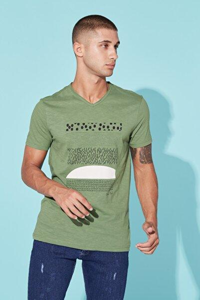 BARRELS AND OIL Basic Grafik Baskılı T-shirt-zümrüt