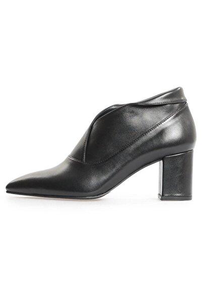 Flower Siyah Deri Kadın Topuklu Ayakkabı