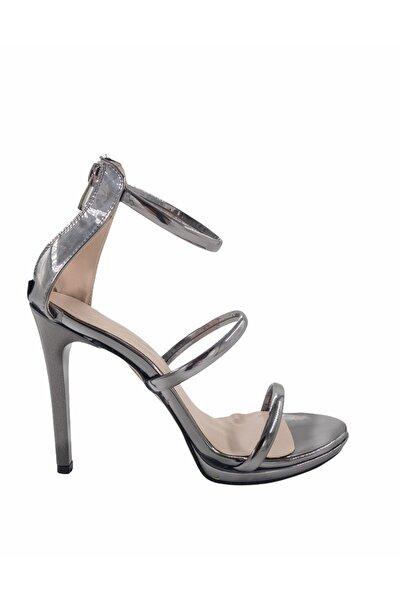 Gess Kadın Platin Ayna İnce Topuk Üç Bantlı Abiye Ayakkabı