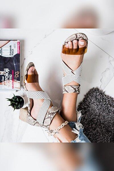 Limoya Kadın Vizon Yılan Puantiyeli Şeffaf Bantlı Alçak Hasır Topuklu Ayakkabı
