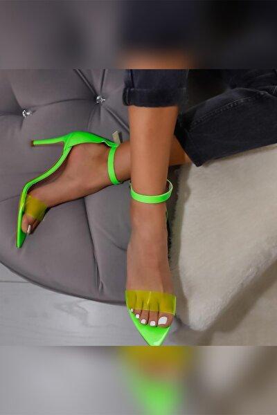 Limoya Kadın Yeşil Neon Rugan Şeffaf Bantlı Sivri Burunlu İnce Topuklu Ayakkabı