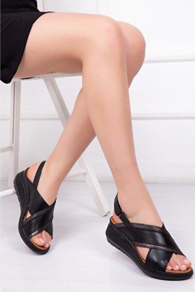 Deripabuc Hakiki Deri Siyah Kadın Deri Sandalet DP08-9005