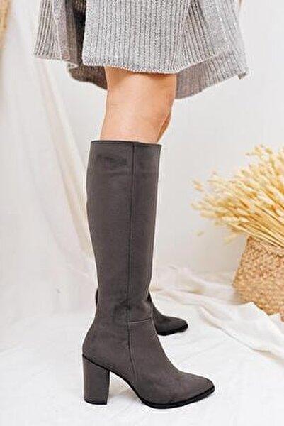 Tatum Gri Sivri Burunlu Orta Topuklu Çizme