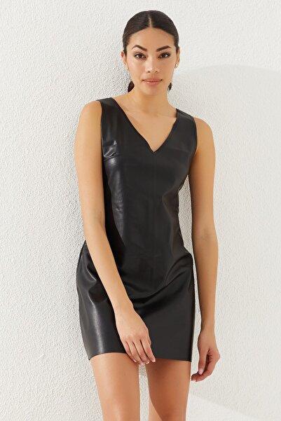Reyon Kadın Siyah Kısa Kol Suni Deri Elbise