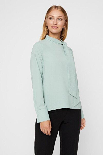 Vero Moda Kadın Yeşil Yakası Bağlama Detaylı Bluz