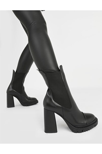 İLVİ Dekor Hakiki Deri Kadın Siyah Topuklu Bot