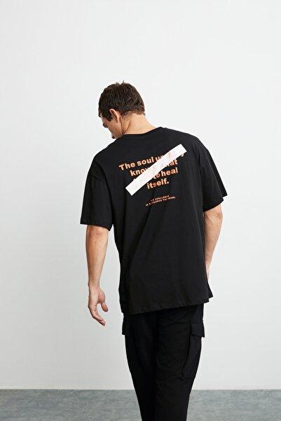 GRIMELANGE Mark Erkek Siyah Önü Ve Arkası Turuncu Baskılı Kısa Kollu Oversize T-shirt