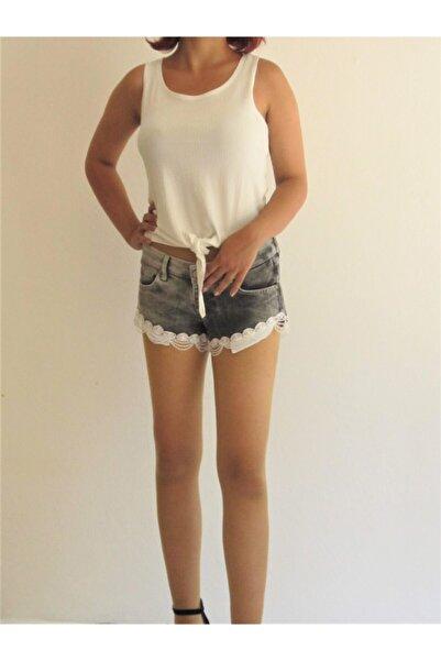 Zirve Kadın Beyaz Küpür Dantelli Siyah Kot Şort
