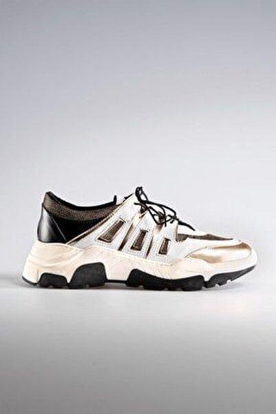 Perspective Sneaker