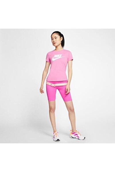 Nike W Nsw Tee Essntl Icon Futur Kadın Giyim Tshirt