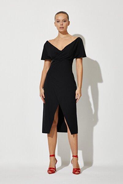 RENGIN Kadın Siyah Robası Büzgülü Kruvaze Etekli Krep Elbise
