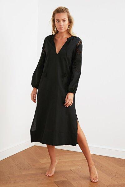 TRENDYOLMİLLA Siyah Nakış Detaylı Kimono&Kaftan TBESS21KM0004