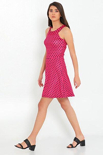 Giysende Omuz Dekolteli Puanlı Dalgıç Kumaş Kadın Elbise