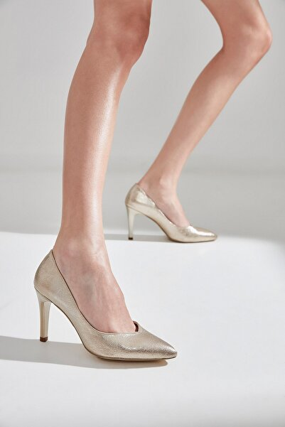Yaya  by Hotiç Gold Kadın  Klasik Topuklu Ayakkabı 01AYY177700A540