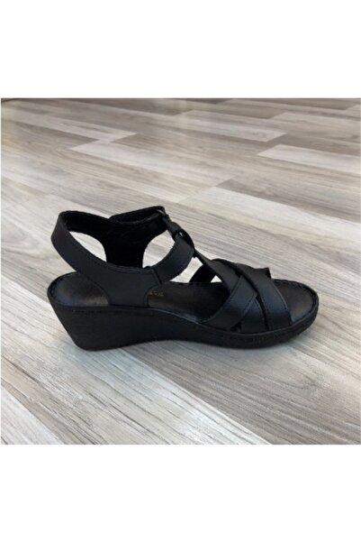 PUNTO Kadın Dolgu Topuk Sandalet 390106