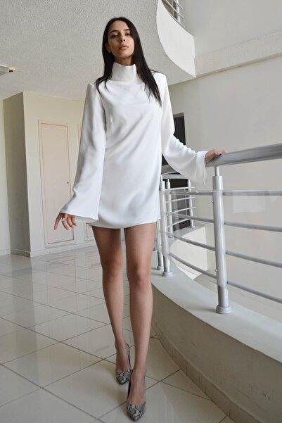 Eclectic Beyaz Dikyakalı Elbise
