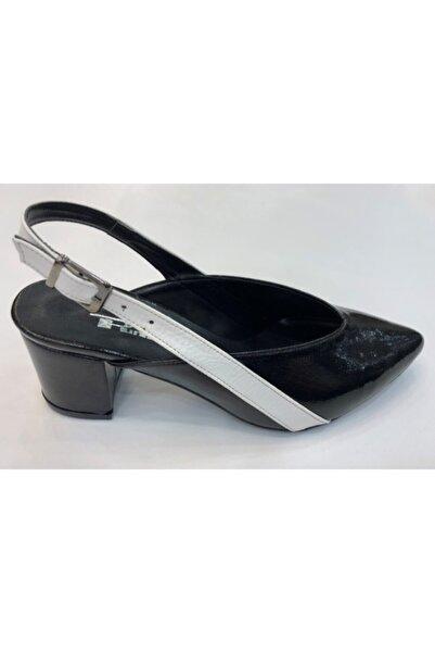 PUNTO 667909 Siyah Beyaz Kadın Sandalet