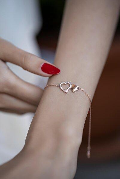 İzla Design Kadın Rose Kaplama Çift Kalp Model Zirkon Taşlı Gümüş Bileklik İZLASLVR00367