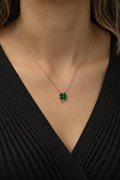 925 Ayar Yeşil Taşlı Yonca Kolye Kadın Gümüş Kolye