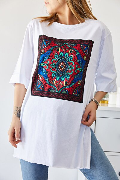 XHAN Kadın Beyaz Etnik Baskılı Boyfriend Yırtmaçlı T-shirt 9kxk1-43318-01
