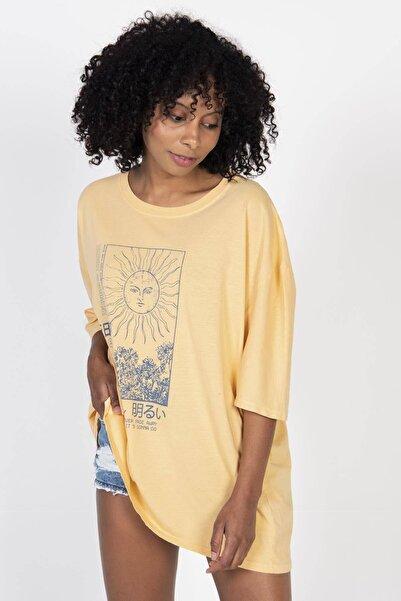 Kadın Koyu Sarı Baskılı Tişört P9437 - A1 ADX-0000022239