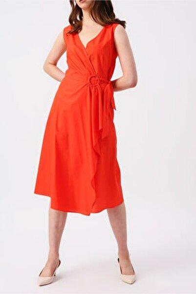 Mercan Beli Bağlamalı Kruvaze Kolsuz Midi Elbise