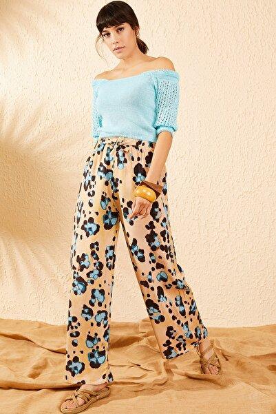Bianco Lucci Kadın Bej Beli Lastikli Mavi Çiçek Desenli Bol Paça Pantolon 10071010
