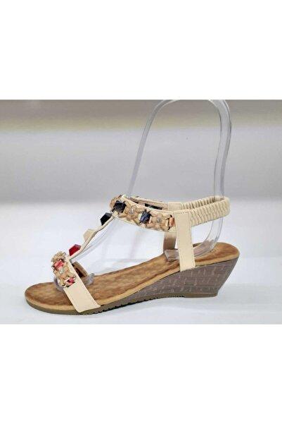Guja Kadın Dolgu Topuk Bej Sandalet 20y205