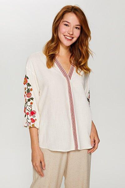 Faik Sönmez Kadın Ekru Çiçek Baskılı Şerit Detaylı Gömlek 60359 U60359