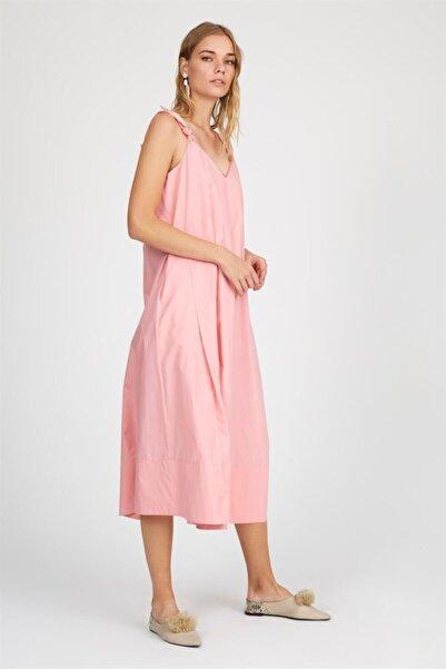 Kadın Pembe Askılı V Yaka Oversize Diz Altı Midi Boy Pamuk Elbise ST050S4054201