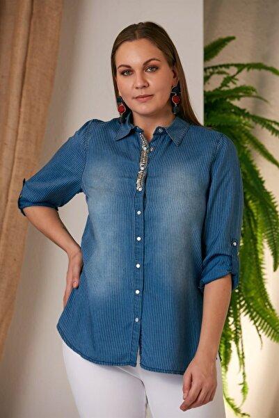 RMG Kadın Mavi Yakası Taşlı Büyük Beden Gömlek