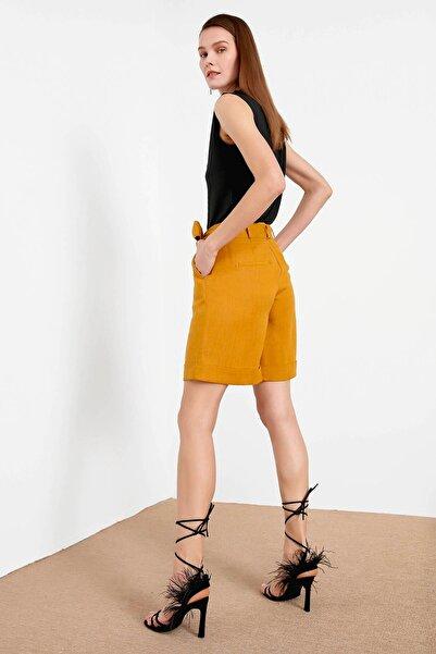 Kadın Sarı Yüksek Bel Kuşaklı Şort IS1200013046024