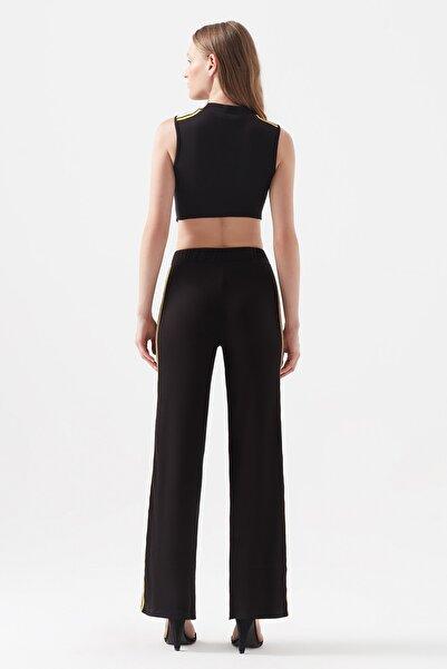 Kadın Şerit Detaylı Siyah Tulum 1600227-900