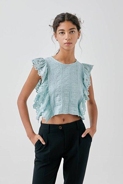 Kadın Su Yeşili Işlemeli Fırfırlı T-Shirt 05236389