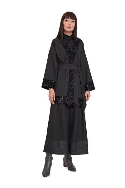 Pul Detaylı Kimono Siyah