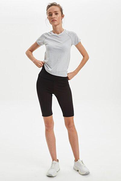 Kadın Siyah Basic Slim Fit Tayt R4146AZ.20SM.BK27